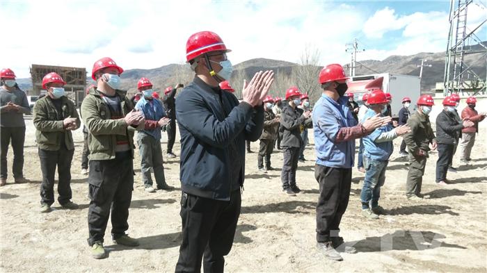 泸州援建稻城恒温冻库项目开工